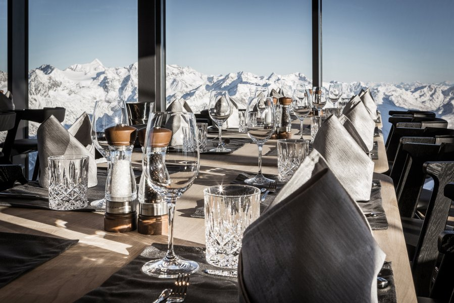 Chef's Table at the ice Q mountain restaurant in Sölden